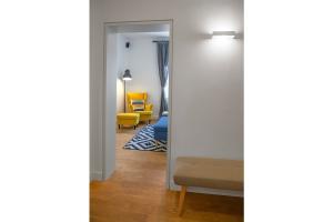 apartment in baba visnjina belgrade interior photo entrance hall and living room