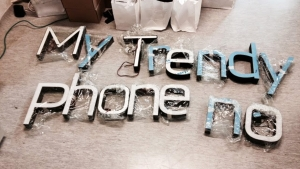 MyTrendyPhone oslo store interior view signage letters photo