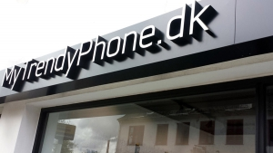 MyTrendyPhone hillerød store exterior signage day view photo