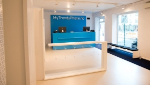 MyTrendyPhone tailor-made elements mounted in a shop